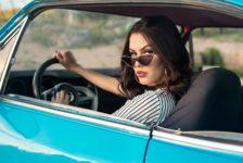 Guidare all'estero: le donne si sentono meno sicure