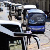 Le aziende di trasporto con autobus vogliono ripartire